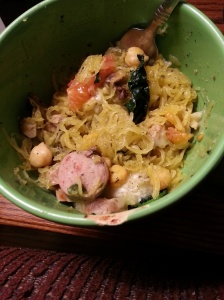 "alt = ""pesto chicken spaghetti squash recipe"""